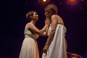 representación teatral de Safo en Guatemala